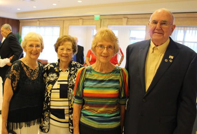 IMG_0159 Lois, Marcia, Marilyn & Sam