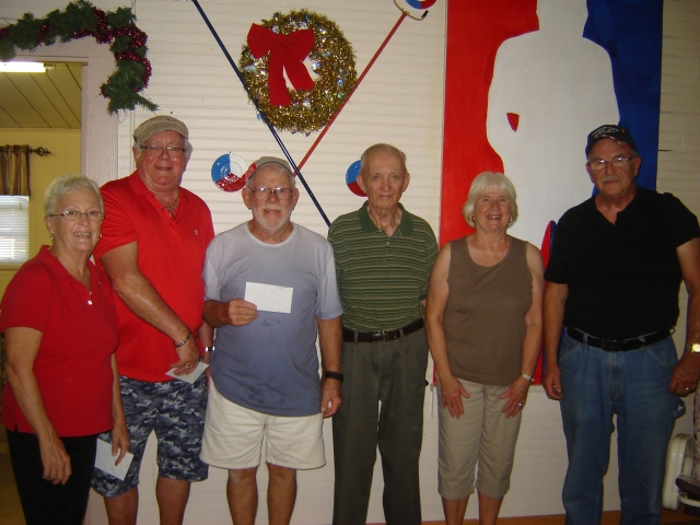 Ams. Left to right:    Ethelene Nash 6th, Art Healy 5th, Jim Allard 4th, Arland Berlew 3rd, Shirley Briegel 2nd and Al Emmendorfer 1st.
